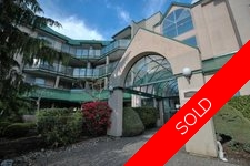 Abbotsford West Condo for sale:  2 bedroom 921 sq.ft. (Listed 2017-05-03)